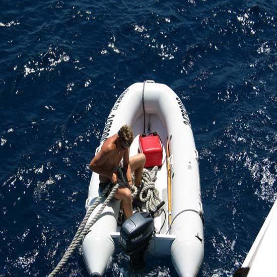 seguros-para-embarcaciones-neumáticas-semirigidas